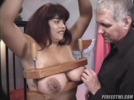 Mature big breasts torture001