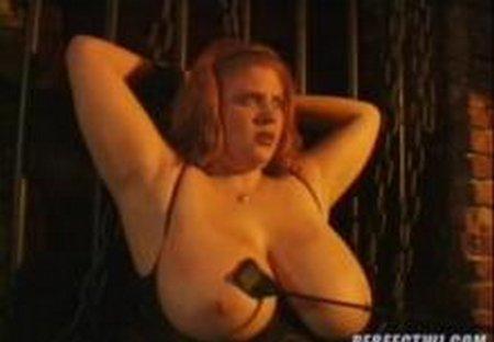Huge Breast Spanking Torture002